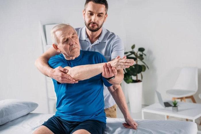 Врач-физиотерапевт – специалист, использующий инновационные методы лечения
