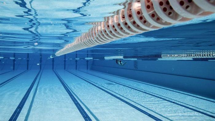 Зачем нужна медицинская справка в бассейн?