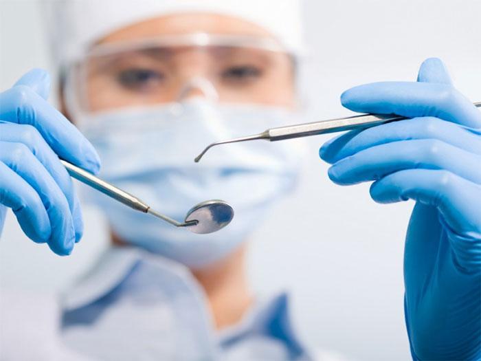 Санация полости рта: особенности и надобность